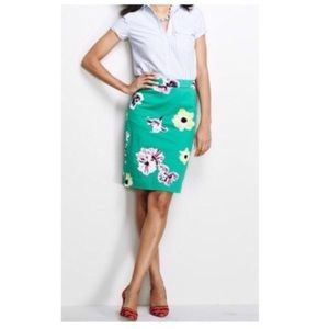 "J. CREW ""The Pencil Skirt"" Green Floral 37532 Sz 2"